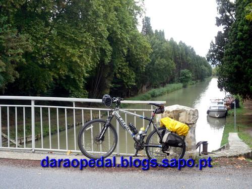 Canal_midi_dia_03_03.JPG