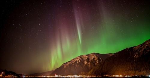 auroras.jpg