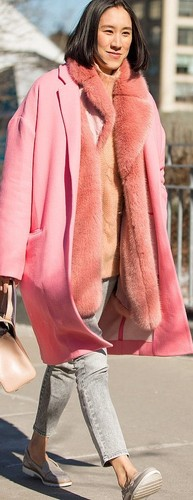 nyfw-winter-cold-layers-pink-fur-grey-jeans-winter
