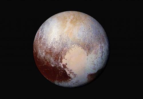Plutão-.jpg