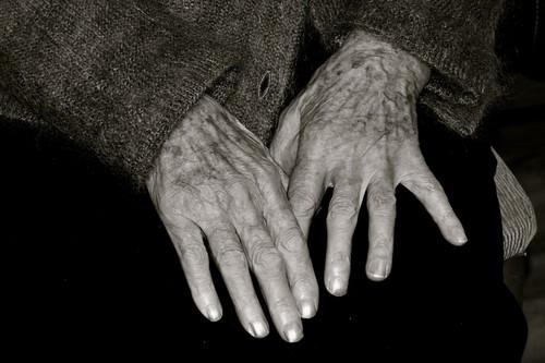 ElderlyWoman-CoqueAmbrosoli.jpg
