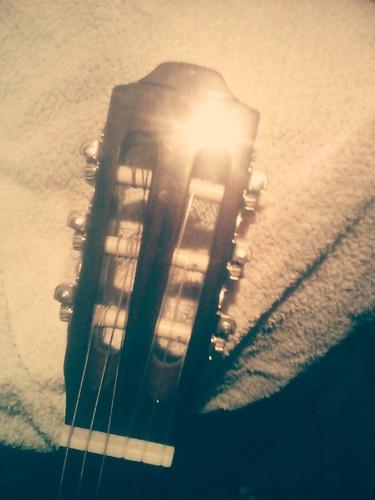 Guitarra acústica Hohoner de Vasco Gritali
