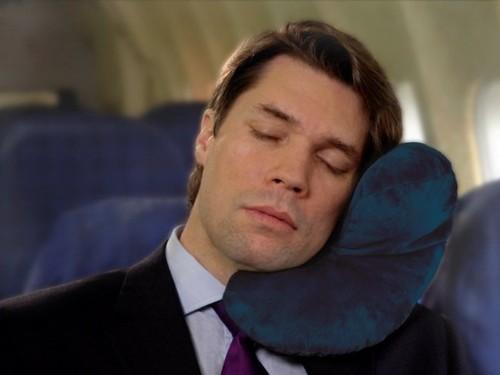 almofada aviao.jpg