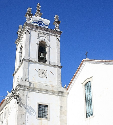 Igreja_Santiago_Sesimbra.jpg