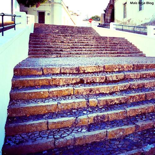 Escadas junto ao castelo.jpg