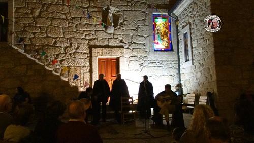 Fados no Adro da Igreja Matriz Loriga 057.jpg