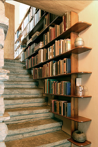 staircase-bookshelf1-634x951.png