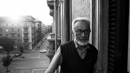 primo-levi-in-turin-1985-009_770x433_acf_cropped.j