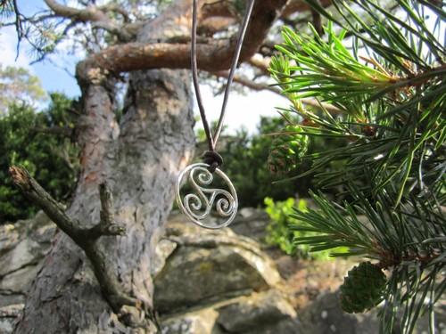 celtic triskell.jpg