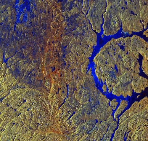 Manicouagan_Crater_Canada.jpg