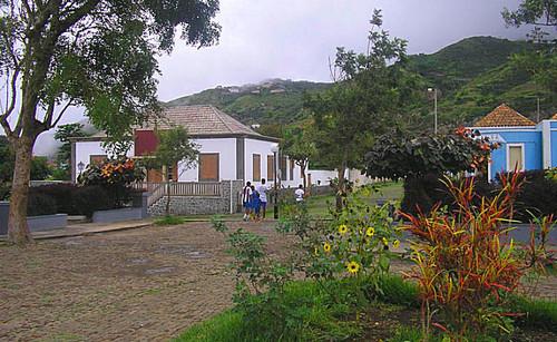 vila-7272x447.jpg
