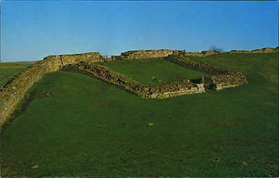Cawfields-Hadrians-Wall-Mile-castle-42-Northumberl