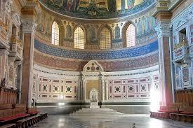 S. João de Latrão-trono papal.jpg
