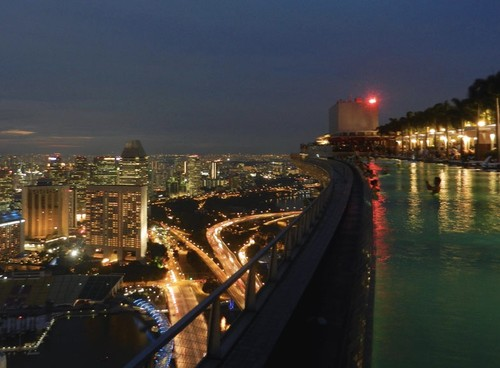 Marina-bay-sands-night-view.jpg