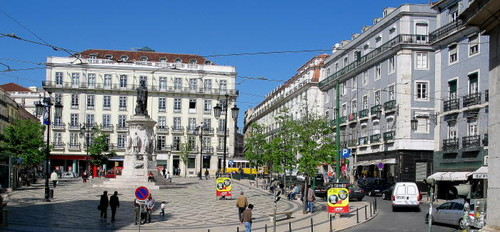 Largo_Camoes_in_Chiado_district (1).jpg