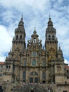 Basílica_de_Santiago in wikipedia.JPG