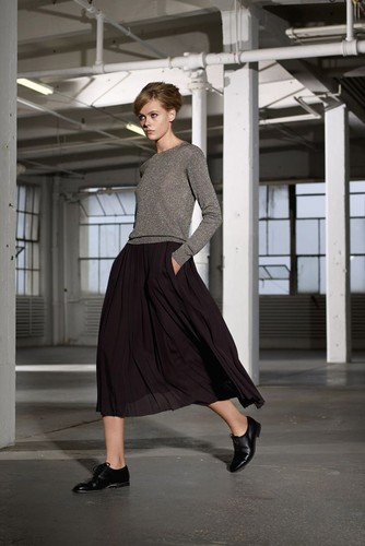 midi-skirts-outfits-2.jpg