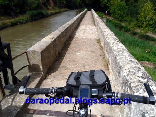 Canal_midi_dia_03_19.JPG