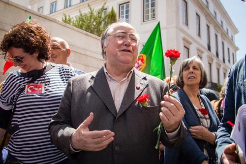 (Vasco Lourenço, 25 de abril de 2014)