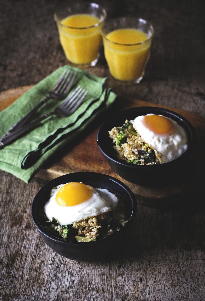 Veggie-Quinoa-Breakfast-Bowl4.jpg