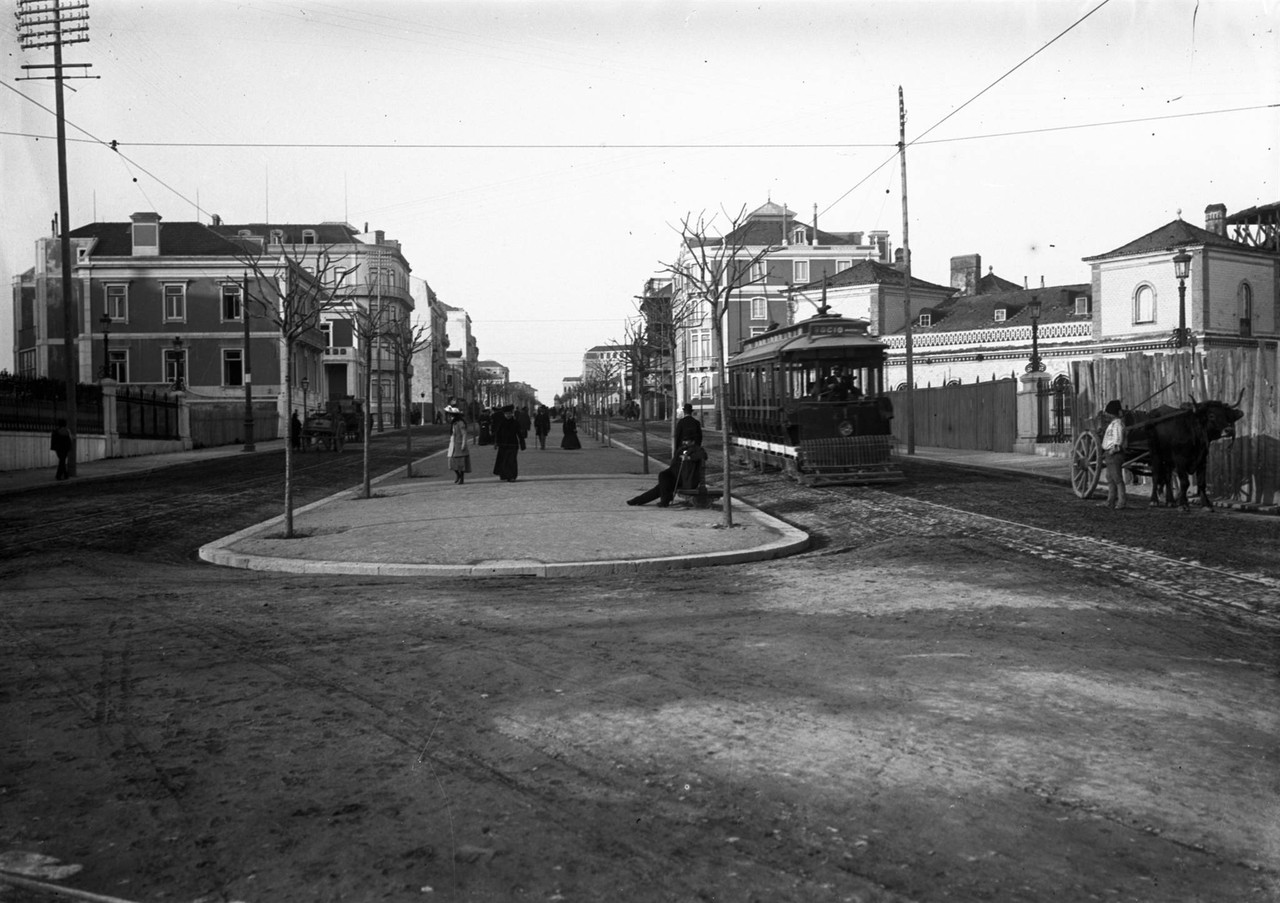 Avenida Fontes Pereira de Melo, foto de Alberto Ca