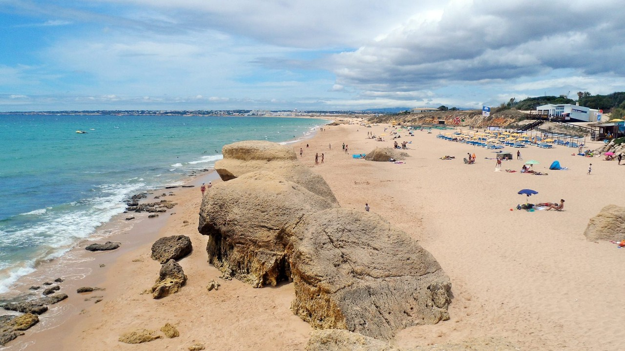 praia dos salagdos.jpg