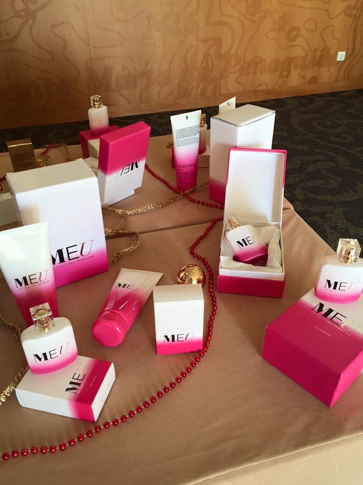 caixa exclusiva perfume cristina ferreira.jpg