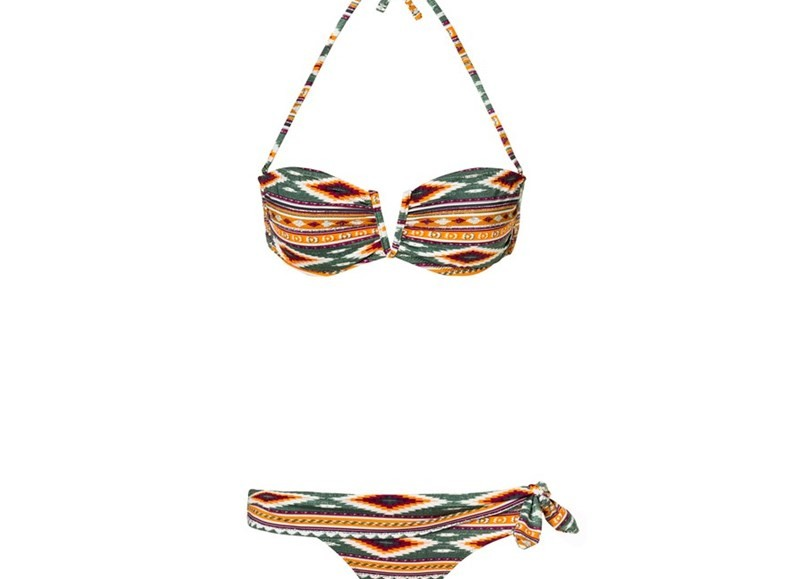 bikinis-benetton-verao-2016 (1).jpg