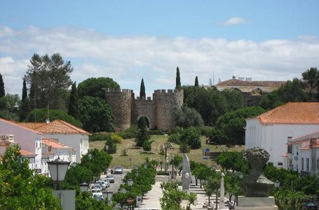 castelo vila viçosa.jpg