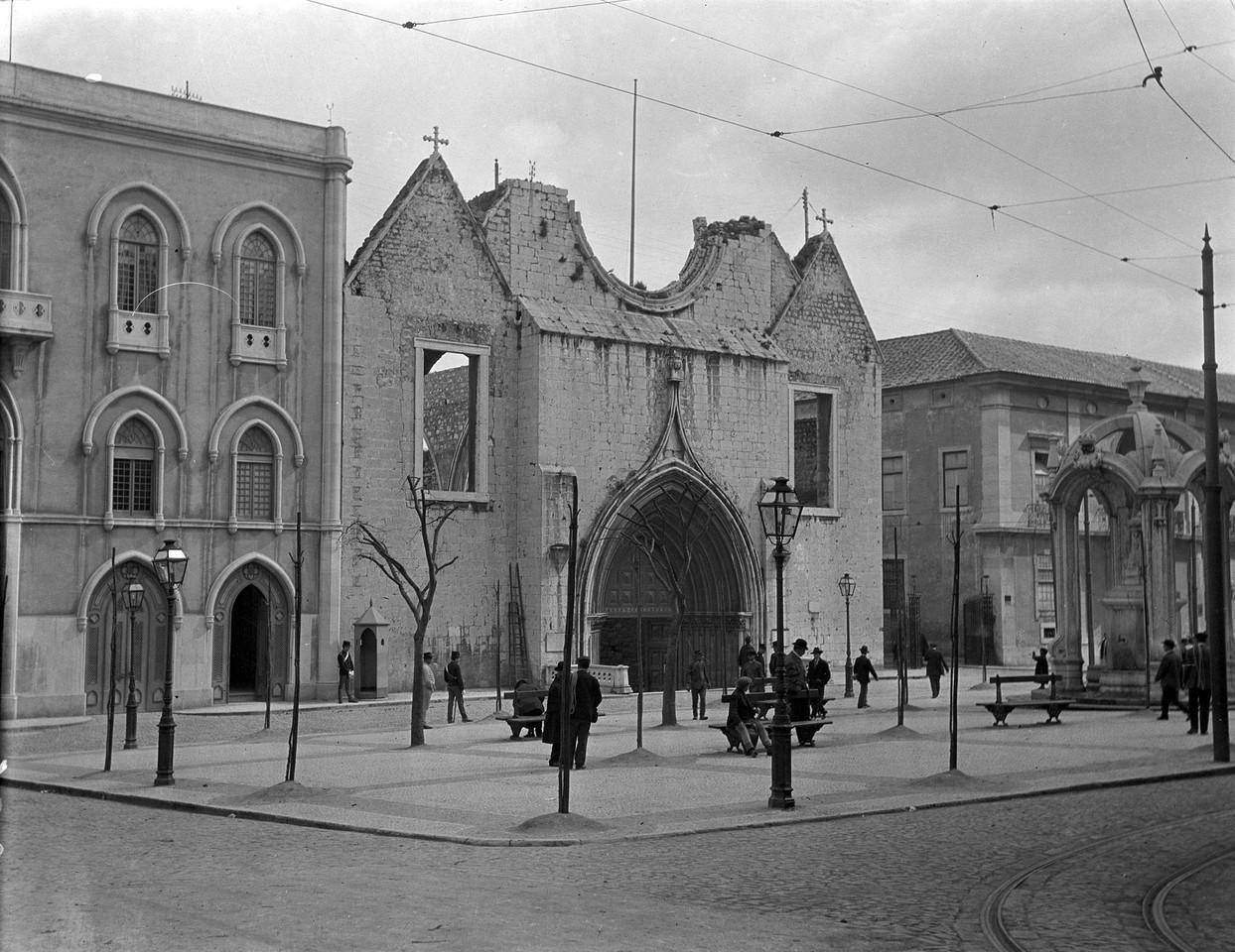 Convento do Carmo, foto de Alexandre Cunha.jpg