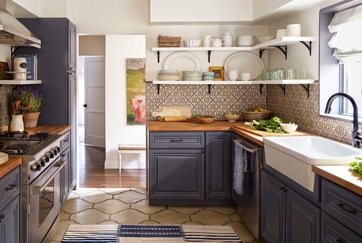 country-strong-kitchen-1114-xlnA.jpg