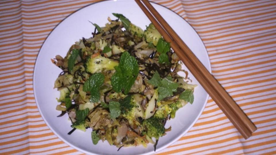 legumes salteados com alga arame.jpg