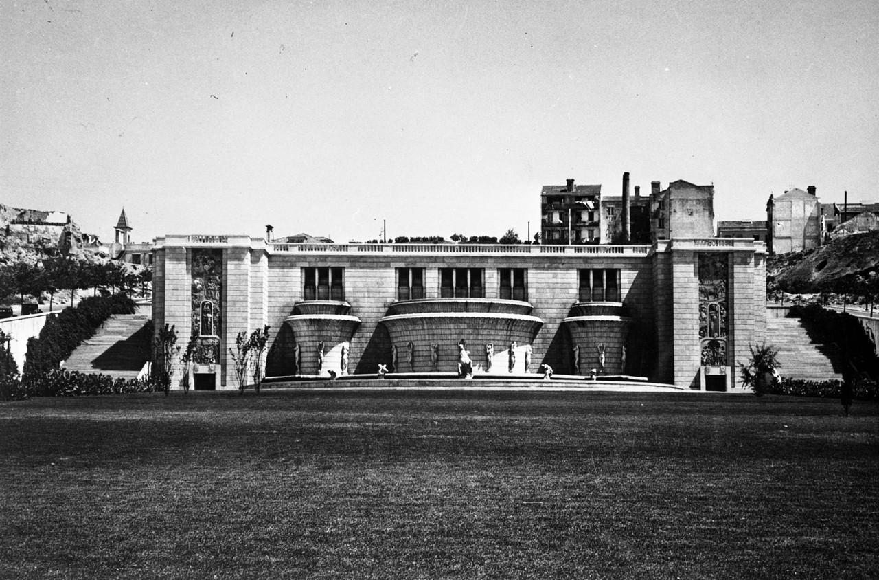 Fonte monumental, 1948, foto de Fernando Martinez