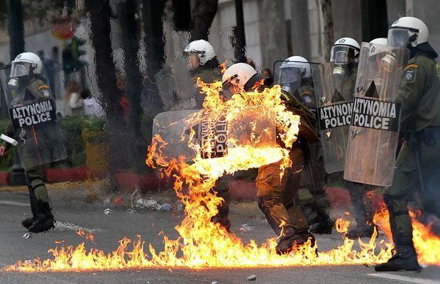 police-fire_1538655i.jpg
