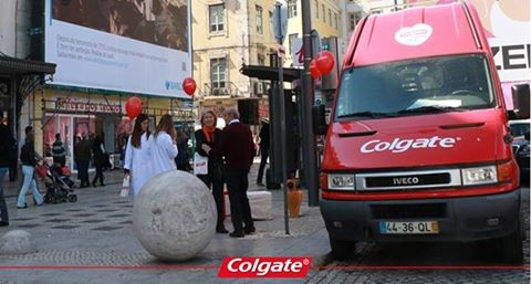 colgate2m.jpg
