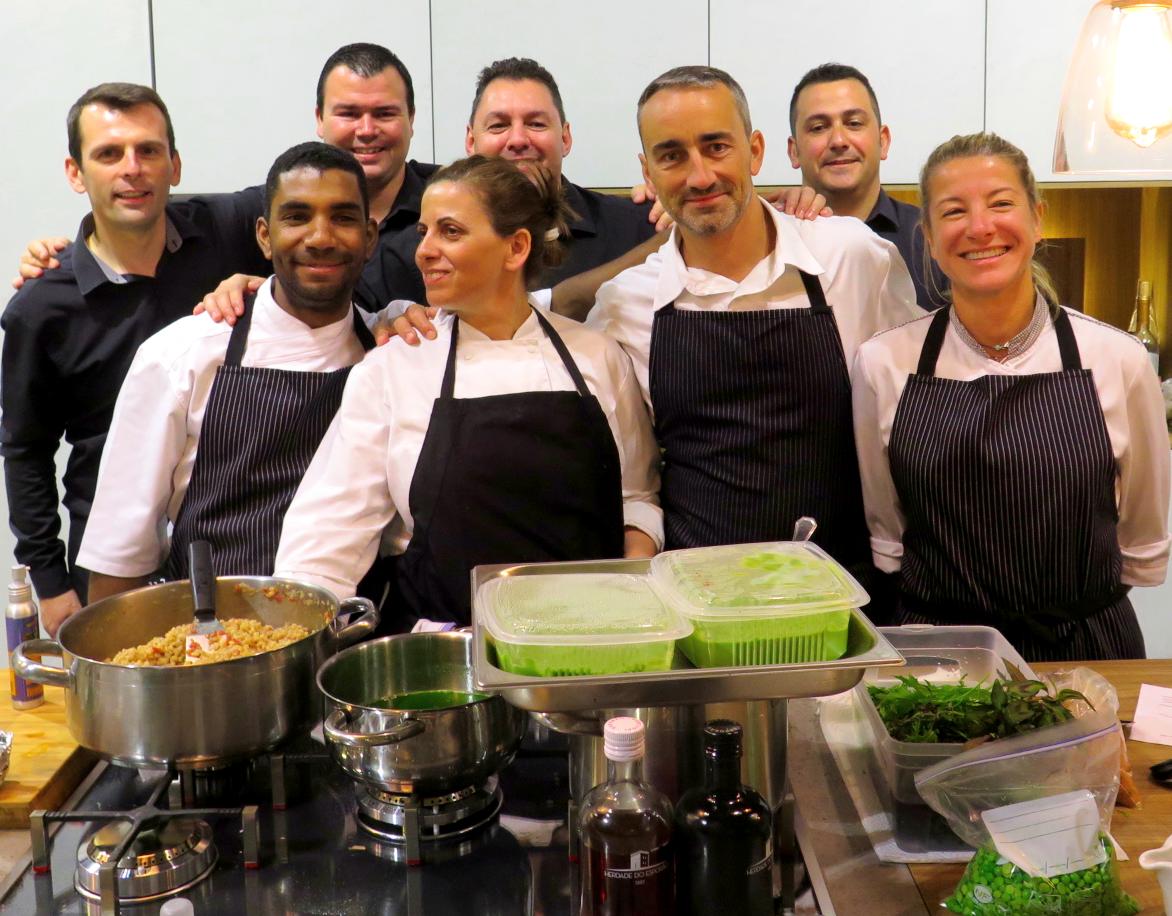 Vincent Farges e a equipa do jantar de apresentação do Teixuga branco