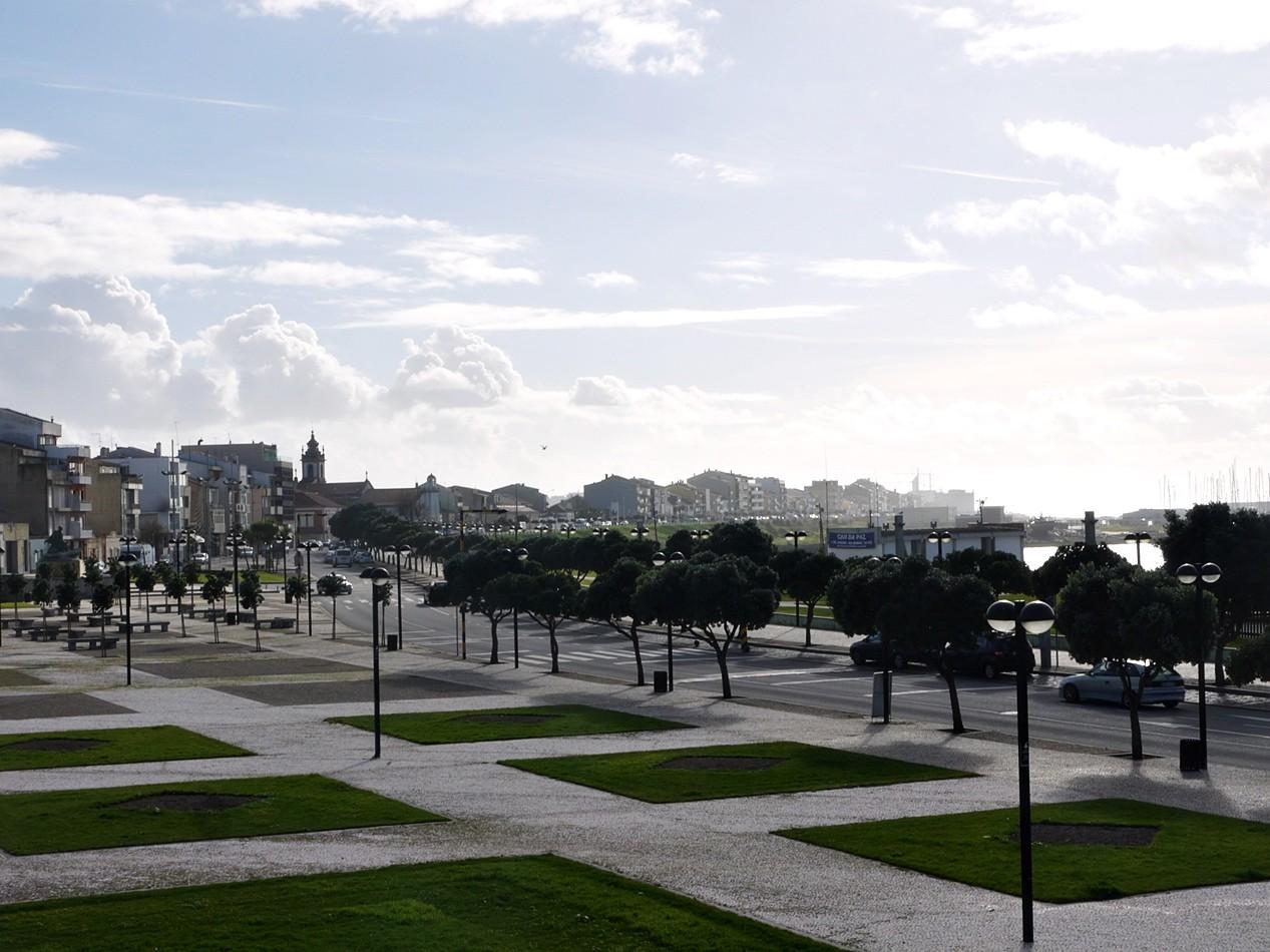 Vista do Castelo da Póvoa.JPG