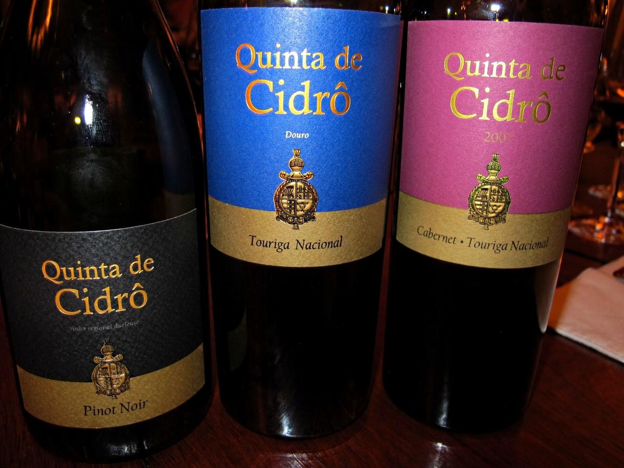 Trio maravilha: Pinot Noir, Touriga Nacional, Cabernet Sauvignon & Touriga Nacional