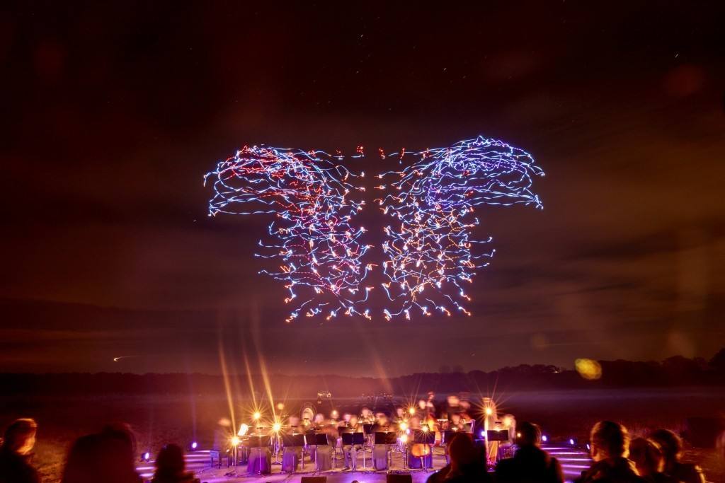 Intel-Drone-100-Light-Show-Orchestra2-1024x683.jpg