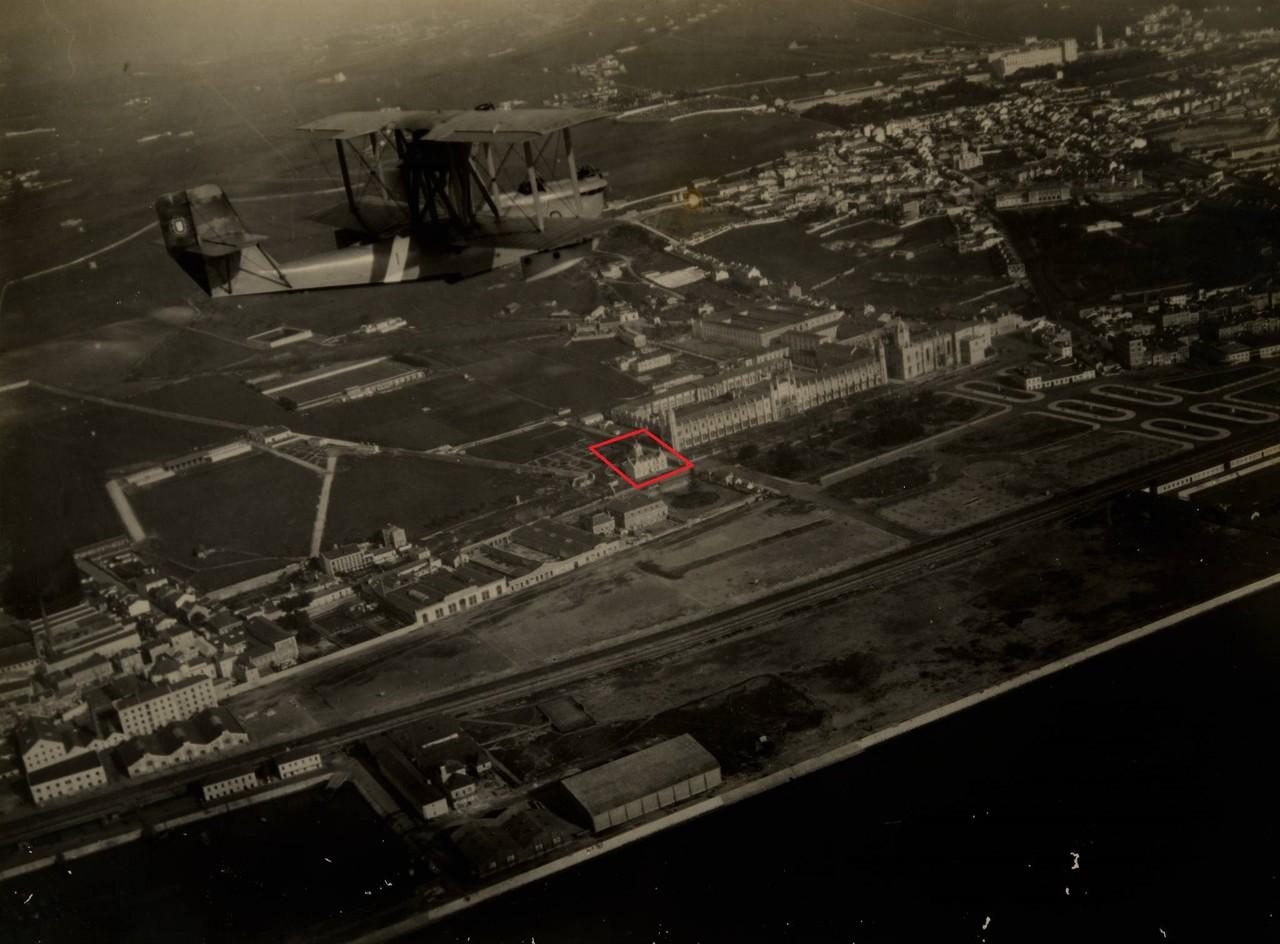 Fotografia aérea das zonas de Belém e Ajuda, ent