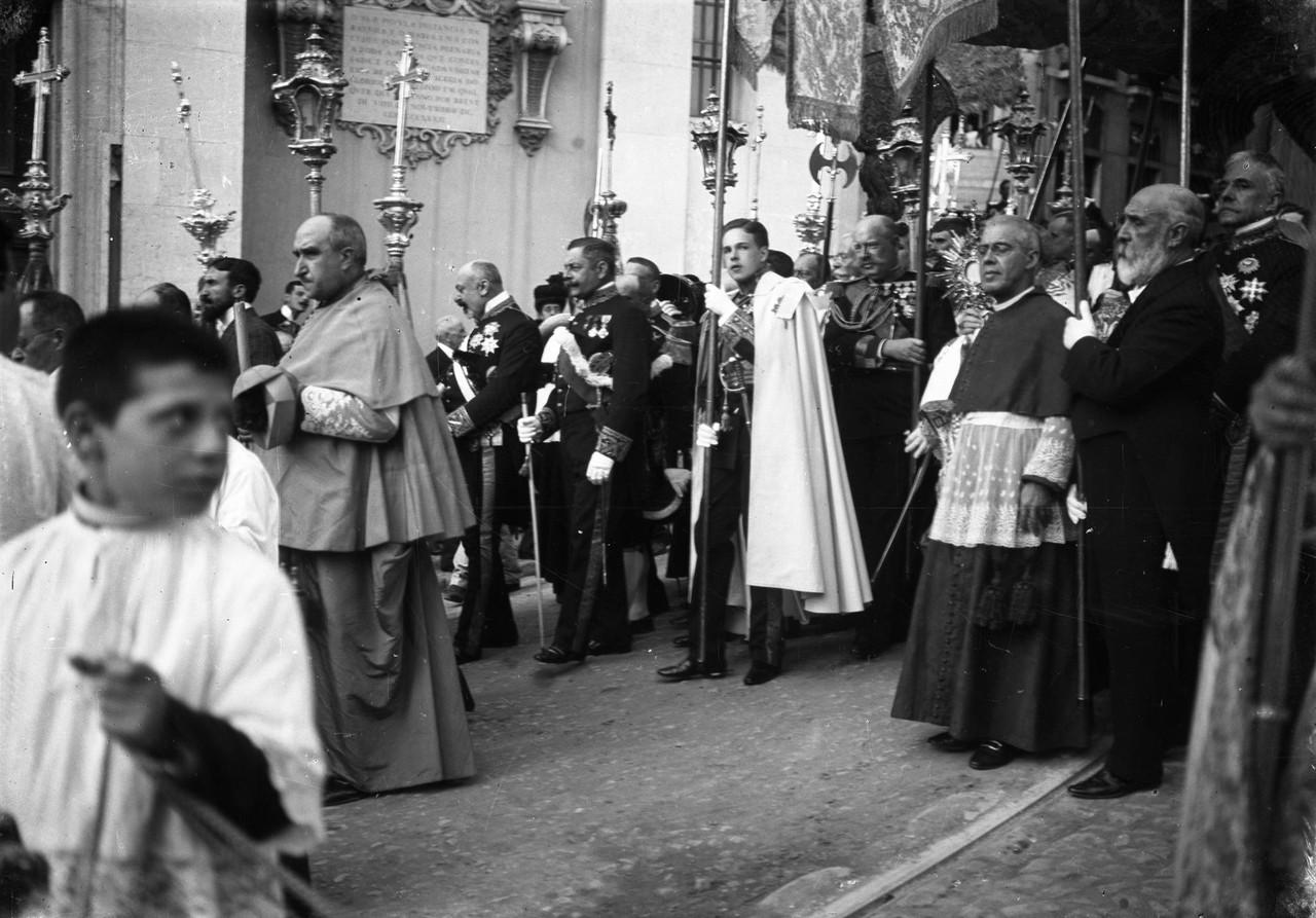 Procissão do Corpo de Deus. Dom Manuel II, o infa