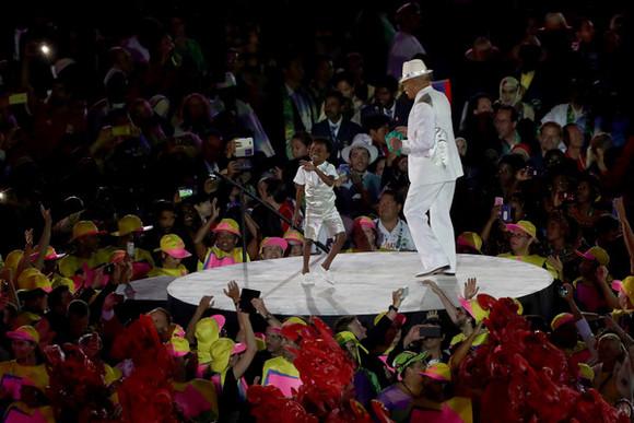 Wilson+das+Neves+Opening+Ceremony+2016+Olympic+FdI