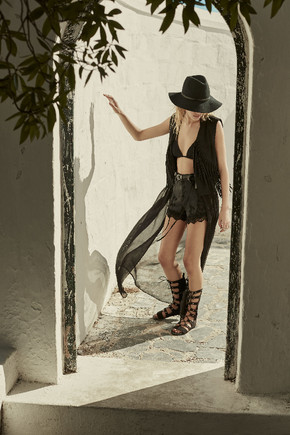Woman Press Fashion_15_Black Long Waistcoast_045_0