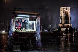 Vendedores de castanhas Praça Taksim, Istambul