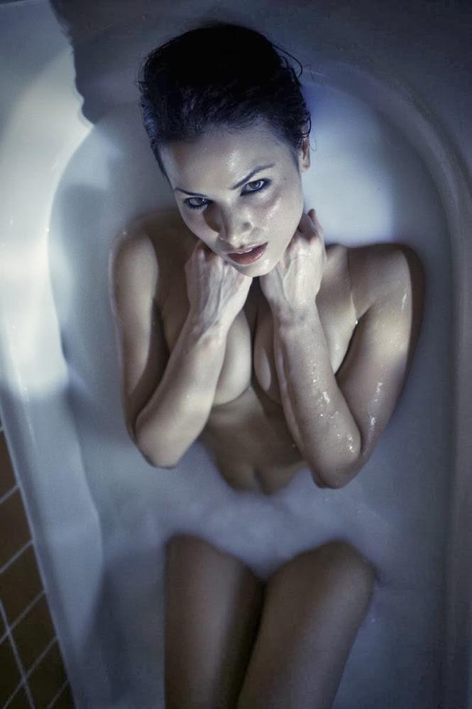 пристутка голи фото