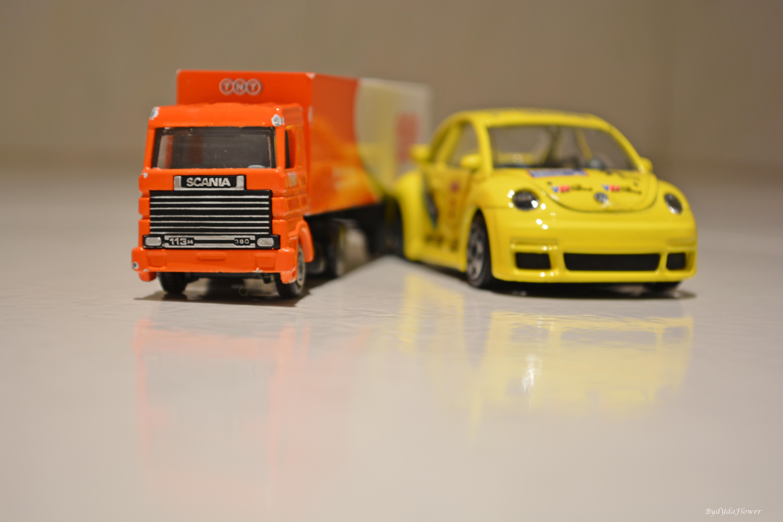 laranja e azul.JPG