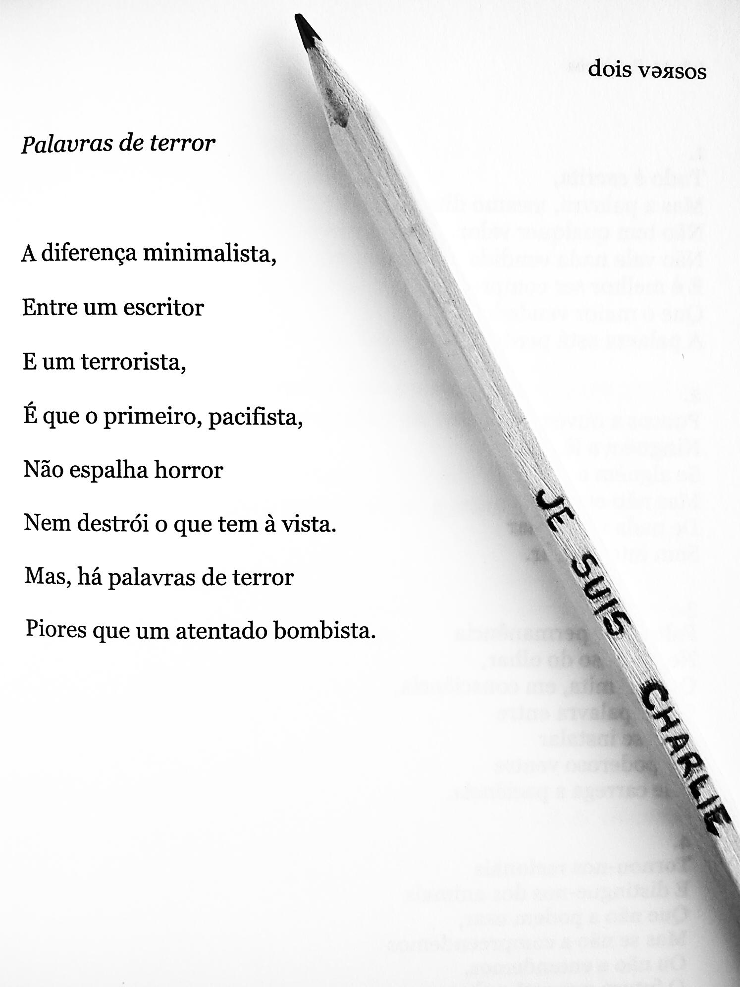 """Livro """"Dois Versos"""""""